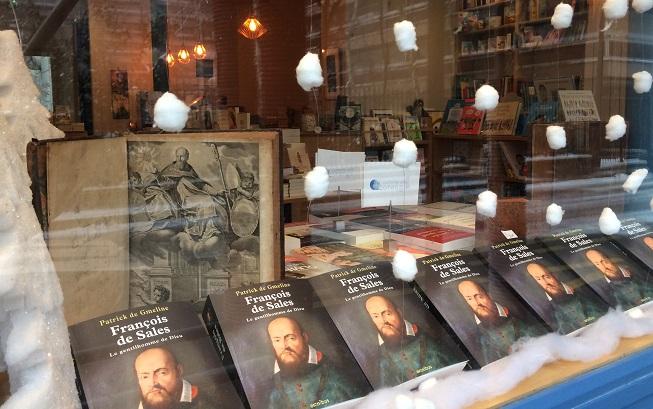 Vitrine Comme une orange Librairie 17ème arrondissement